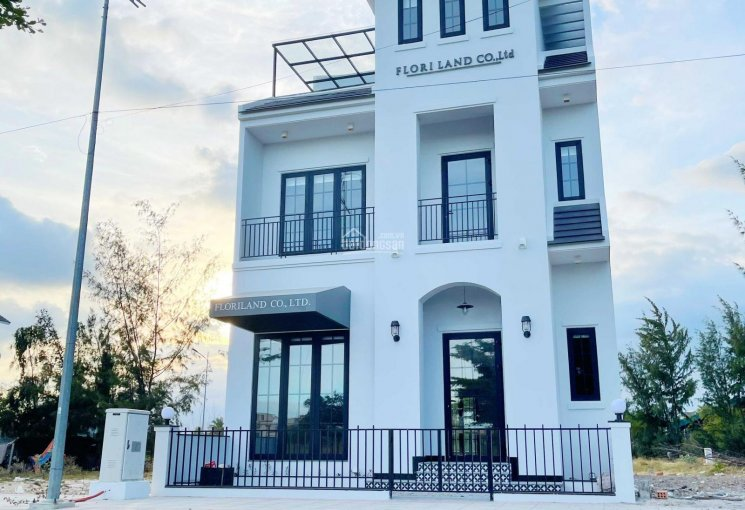 Chính chủ bán nhà riêng 1 trệt 2 lầu mới xây tại Bãi Dài, Nha Trang, Khánh Hòa