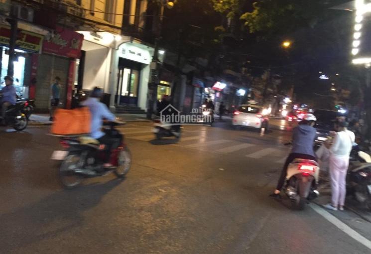 Cần bán nhà MP Ngõ Gạch - Hoàn Kiếm, KD sầm uất, DT 80m2, 2T, MT 8m