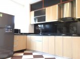 2 beds service apartment for rent in cau giay dist only 11 mil with full service