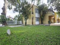 Cho thuê biệt thự sân vườn view hồ 4 tầng tây hồ, hà nội 0981222026