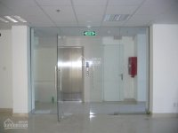 Văn phòng cho thuê 200 nghìn/m2 tại quận 10, 125m2/sàn. lh: 0938811808