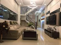 Chính chủ cần bán nhà phố 1 trệt 3 lầu,sổ hồng riêng dtxd: 290m2, giá 2.7 tỷ