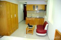 Cho thuê phòng cao cấp quận 10, có bếp, thang máy, nằm gần bigc tô hiến thành, lh 0938123507 mr hậu