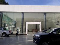 Cho thuê mặt bằng để làm showroom/vp, mặt tiền nguyễn kiệm, gò vấp, dt 18,5x21m + sân bãi 18,5x5,5m