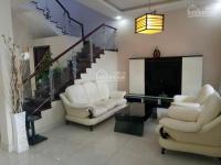 Cho thuê biệt thự mỹ giang phú mỹ hưng, 4 phòng ngủ, nội thất đẹp, có sân vườn rộng. lh 0918360012