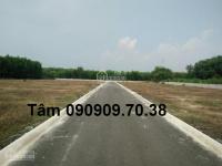Hot..hot..hot kẹt tiền cần bán đất long thành xã long an đường khai thác đá giá 1tr 090909.70.38