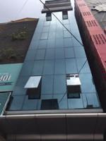 Cho thuê nhà mặt phố hoàng văn thái, 85m2 x 4 tầng chỉ 45 tr/tháng sàn thông, mt 6m. 0987560669