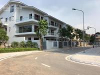 Cho thuê Biệt thự Hoàng Quốc Việt 226m đất,xây dựng 120m X 3,5 tầng Mt 8m Giá 45tr/tháng