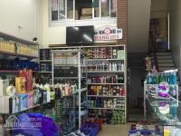 Gấp! Cho thuê mặt bằng kinh doanh hàng ăn ngõ 78 Duy Tân, 12triệu, 60m2