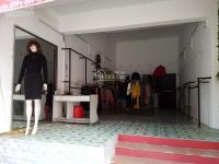 Cho thuê cửa hàng mặt tiền 6m đối diện chợ trung tâm TP Lai Châu