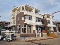 Bán lại căn biệt thự vườn 7x20m jamona quận 7 ven sông sg, nhà mới 100%, khu compound chuẩn resort