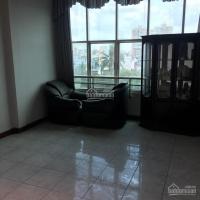 Nhà trọ cho thuê 471A Cách Mạng Tháng 8, P13, phòng có cửa sổ lớn, toilet, có phòng trống vô ở ngay