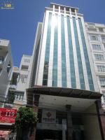 Cho thuê nhà mặt phố nguyễn chánh 90m2, 7 tầng, mặt tiền 5.5m có thang máy
