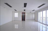 Cho thuê sàn văn phòng 100m2 phố đỗ quang - trung hòa, điều hòa âm trần, mặt tiền rộng, giá 18tr/th