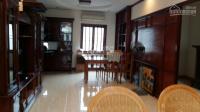Cho thuê nhà đẹp mặt ngõ thái hà rộng, tiện nghi, thích hợp ở hay mở văn phòng. lhcc: 0912351617