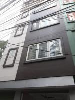 Cho thuê nhà riêng phố Duy Tân, Cầu Giấy diện tích 35m2, 5 tầng, 3 phòng ngủ, đầy đủ nội thất