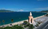 Chúng tôi cần bán khách sạn đường trần phú, nha trang, vị trí đẹp hướng biển.