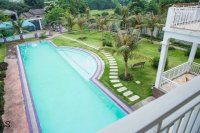 cần bán khu nghỉ dưng diện tích 1300m2 có bể bơi có khu vui chơi ăn uống ngoài trời giá 55 tỷ