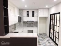 tôi bán căn hộ dt 148m2 chung cư vimeco ct4 nguyễn chánh giá 305 trm2