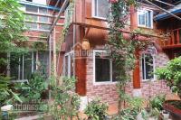 cho thuê căn nhà 2 tầng sân vườn rộng toàn bộ nhà bằng g đặc biệt 5 nhà vệ sinh