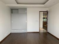 gia đình cần chuyển nhượng căn hộ kinh đô tower 93 lò đúc 98m2 full nội thất cao cấp tầng 12