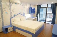 chính chủ cần cho thuê căn hộ chung cư discovery complex 302 cầu giấy dt 155m2 3 phòng ngủ
