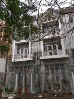 gia đình bán gấp căn liền kề 100m2 hướng đông giá thỏa thuận 0983444222