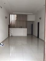bán nhà chính chủ 1 lầu 3 phòng ngủ hẽm xe hơi tại bình thạnh lh 0944888890