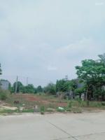 cần bán 300m2 đất thổ cư mặt tiền đường 16m vị trí đẹp gần chợ