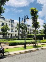 bán gấp 2 căn nhà phố view hồ hướng chính đông và tây bắc giá ra gấp 98 tỷ
