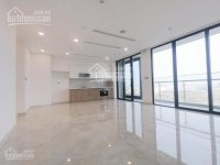 cho thuê gấp ch vinhomes 4pn nội thất cơ bản lầu 18 view đẹp nhà mới 0977771919