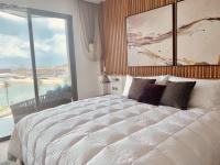 chính chủ cần sang nhượng gấp căn hộ cao cấp để lại đầy đủ nội thất đang cho thuê 30trtháng