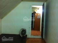 Cho thuê phòng tầng 3: Kim Mã - Núi Trúc, 50m2, gồm 2 phòng, có bếp và khu vệ sinh ở giữa LH: 0915821616