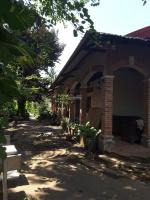 Cho thuê 2000m2 sát khu vườn cò Nguyễn Xiển, Q9, mặt tiền sông Trao Trảo LH: 0932739169