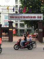 Chính chủ bán gấp nhà phân lô, phố Phan Văn Trường, DT: 42m2 LH: 0988701986