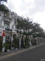 Bán căn nhà phố cityland center hills , DT 100m2 , giá 152 tỷ , 1 hầm , 1 trệt , 2 lầu LH: 0909292422