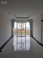 Cho thuê CH Giai Việt 854 Tạ Quang Bửu Quận 8, DT 82m2 , 2 phòng ngủ , 2wc , Giá 10trth LH: 0909326117