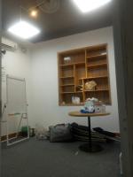 Cho thuê phòng giá rẻ tầng 2 mặt đường số 58A Nguyễn Khánh Toàn, mặt tiền 6m LH: 0902176083