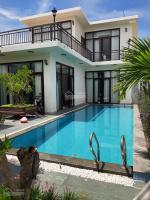 Cho thuê nhanh biệt thự đẹp, mới xây xong tại đầu đường Văn Tiến Dũng, Điện Ngọc, thị xã Điện Bàn LH: 0707466385