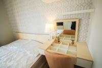 cho thuê căn hộ millennium 2pn 2wc full nội thất view bitexco cho làm air bnb lh 0931333551