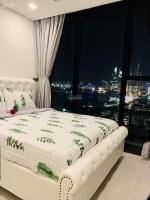cho thuê căn hộ 2pn vinhomes golden river ba son giá tốt liên hệ 0909770115 trung hiếu