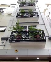 cho thuê liền kề 90 Nguyễn Tuân, Quận Thanh Xuân, DT 70m5 tầng, thông sàn, thang máy Giá 45 triệu LH: 0916138204