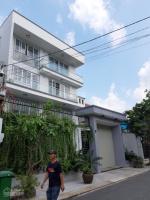 Cho thuê nhà 3 tấm SIÊU RỘNG hẻm lớn đường Nguyễn Kiệm, P 4, Q Phú Nhuận LH: 0917227900