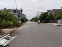 Bán gấp lô đất mặt đường kinh doanh khu 3,2ha Phú Xuân LH: 0982441816