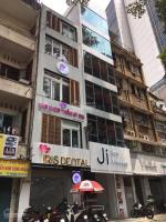 Chính chủ bán nhà MT Võ Văn Tần đoạn 2 chiều, P5, Q3 DT: ngang 6m, trệt 3 lầu, giá: 37 tỷ LH: 0969999380