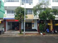 Cho thuê văn phòng MT 30m Lê Thúc Hoạch QTân Phú LH: 0932054977