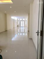 cho thuê nhà 2,5 tầng đường quang trung vạn thắng nha trang LH: 0899374757