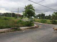 Tôi cần tiền bán nhanh lô đất đường Phan Văn Mảng ngay cổng sau KCN Thuận Đạo chỉ 590rnền LH: 0909369186