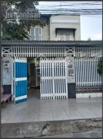 Cho thuê nhà DT 300m2 gồm 6PN, 2WC,Đầy đủ nội thất, Đường Đỗ Xuân Hợp, Phước Long B quận 9, LH: 0906344226