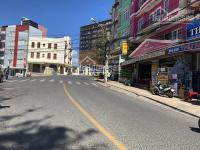 Bán khách sạn khu vực trung tâm thành phố, sát bên chợ Đà Lạt, gần văn phòng xe Thành Bưởi LH: 0942657566